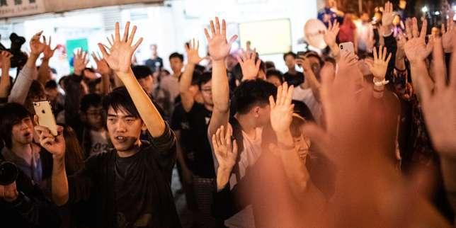 A Hongkong, les électeurs infligent un brutal désaveu au gouvernement et à la Chine