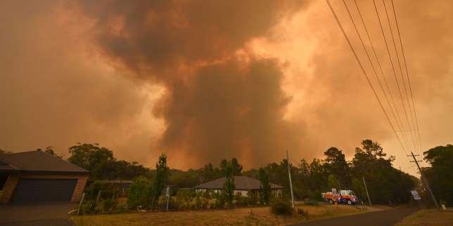 Australie: face aux incendies, des milliers de personnes contraintes d'évacuer