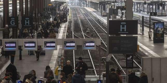 Grève contre la réforme des retraites: un TGV sur deux en circulation lundi, deux lignes de métro totalement fermées
