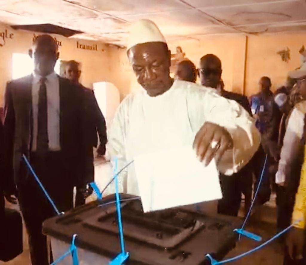 Guinée: troubles, mais vote large et régulier