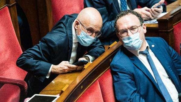 """Covid-19 : les députés LR veulent entendre Véran sur la vaccination en France, """"bonnet d'âne"""""""
