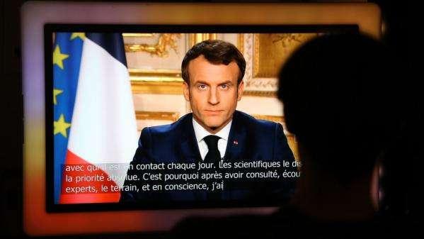 Emmanuel Macron : l'exercice du pouvoir présidentiel à l'épreuve de la pandémie