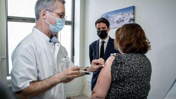 Vaccination : le gouvernement peut-il tenir ses objectifs ?