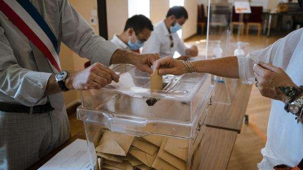 Assemblée nationale : vif débat autour un amendement sur la neutralité religieuse dans les bureaux de vote